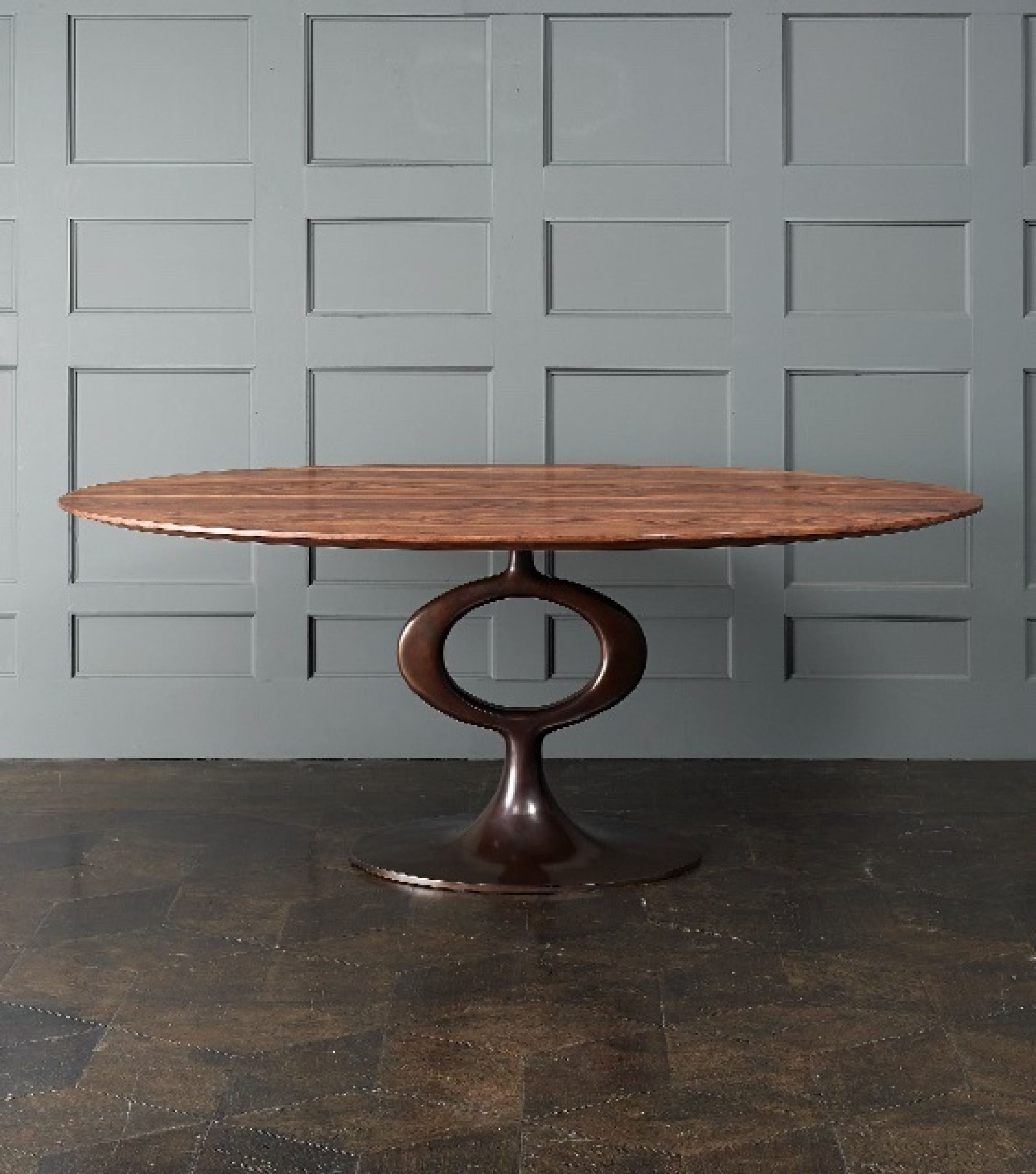 The Ellipse OP Table we often use in our projects is a contemporary piece from the Blackman Cruz Workshop.