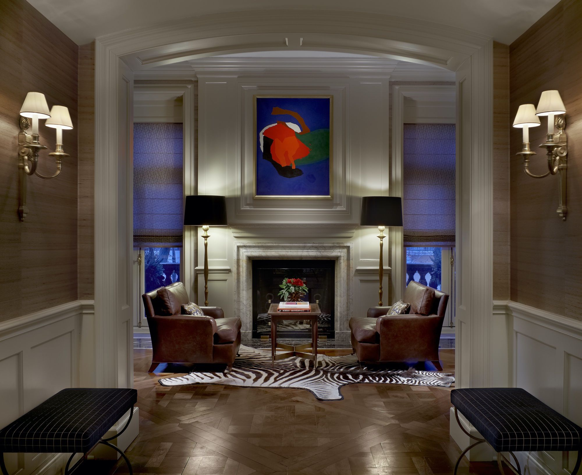 A star painting becomes part of a grand entrance thanks to the astute use of handsome yet neutral furnishings. Photo: JLI Astor Street Residence